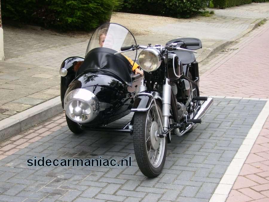 John Dreuning Sidecar And Yamaha Gts1000 Site